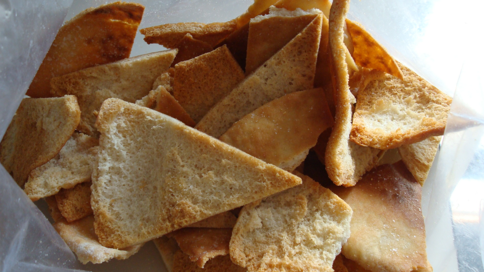 how to make pita chips.JPG