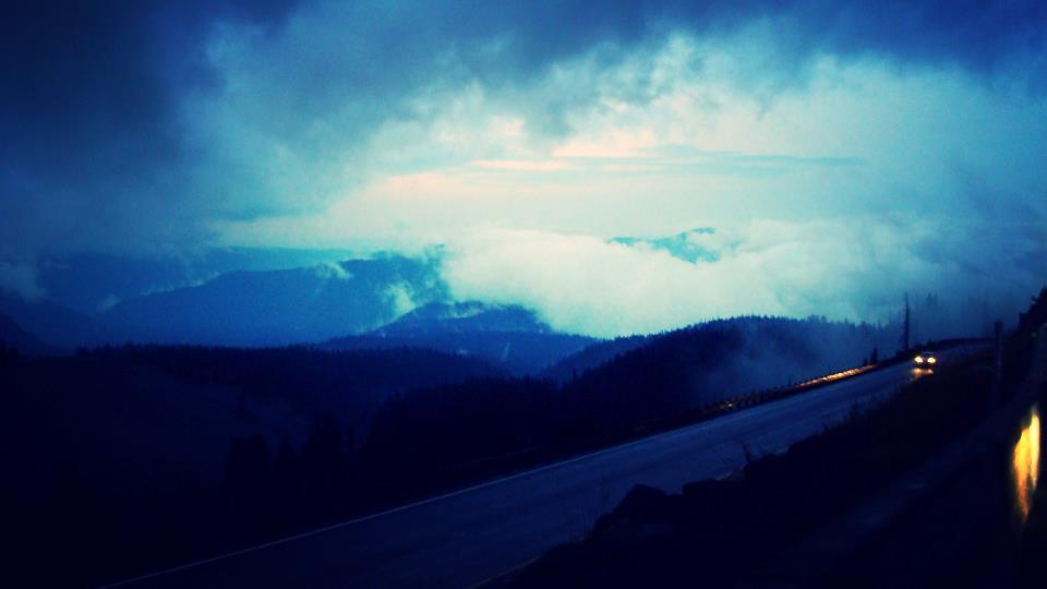 road to timberline lodge.JPG