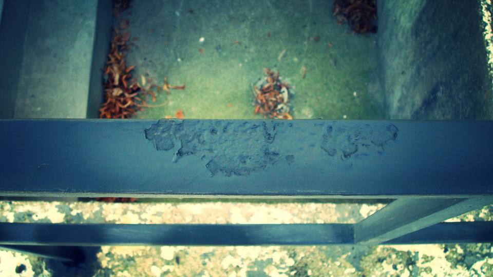 de rusted spots 3.JPG