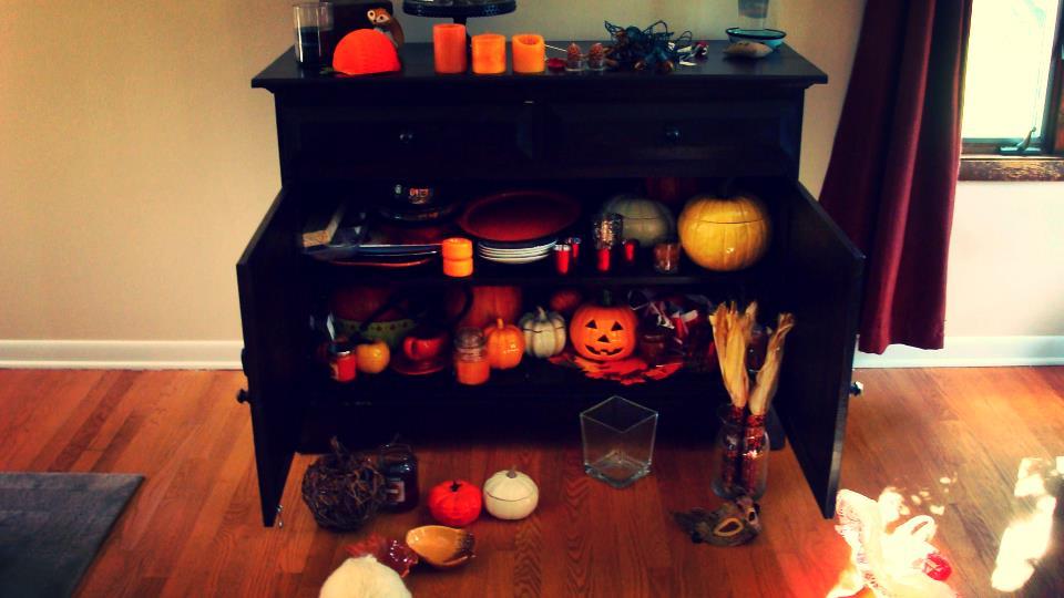 chest of pumpkins.JPG