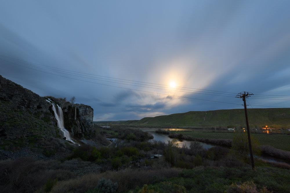 Moonset Over Thousand Springs, Idaho 2019