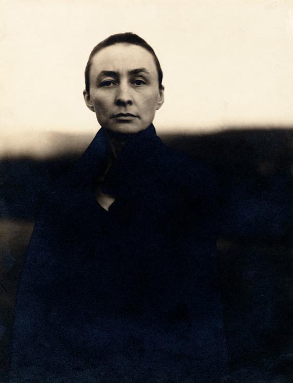 Georgia O'Keefe portrait by Alfred Stieglitz