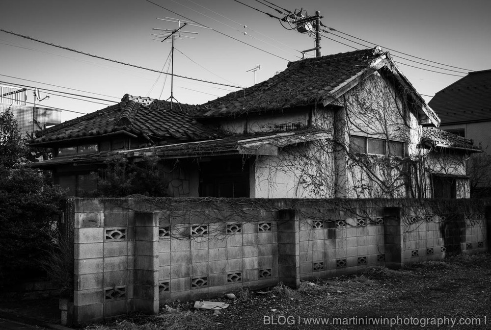 Old House │ NEX-7 & Sigma 30mm F2.8 │ 30mm, ISO 100, f/4.5, 1/125
