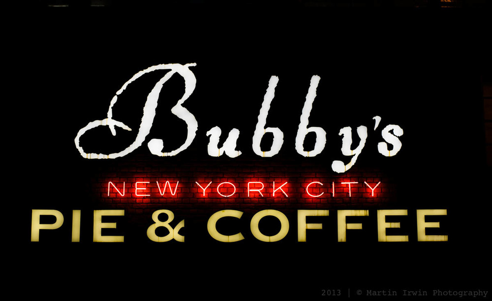Bubby's | NEX-7 & Canon nFD 50mm F1.4| 50mm, f/4, 1/60, ISO250, RAW
