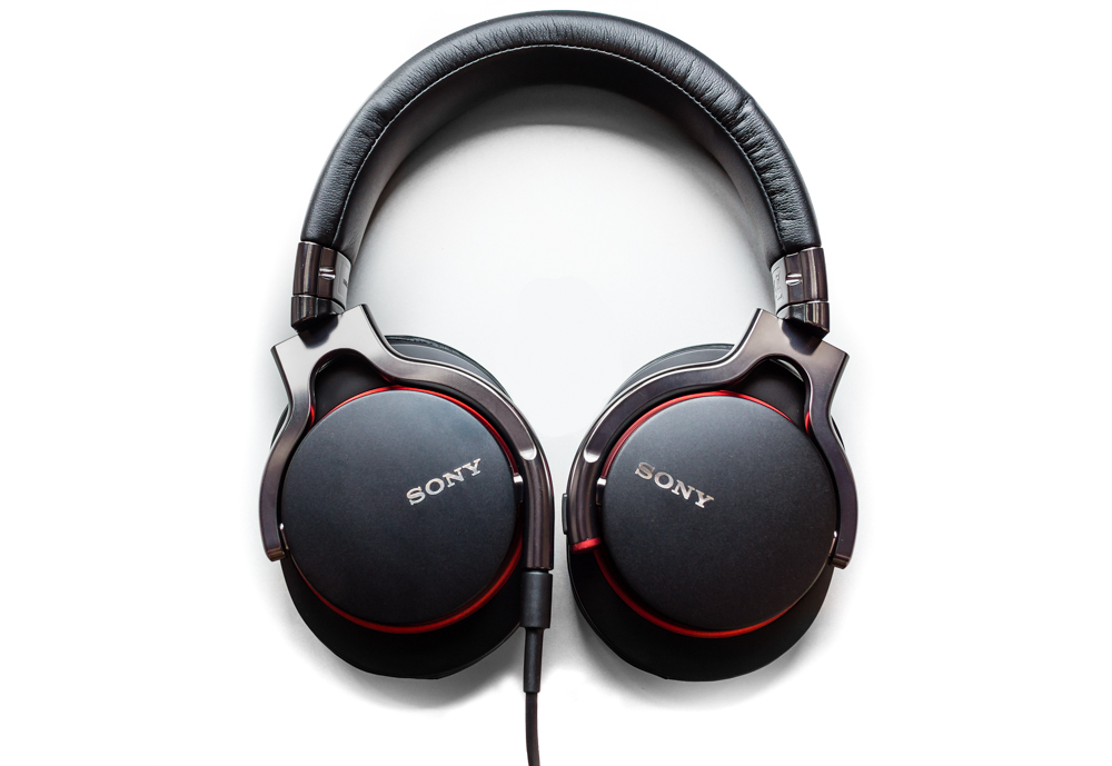 Sony MDR-1R in black