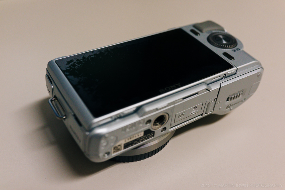 NEX-C3-repair-1.jpg