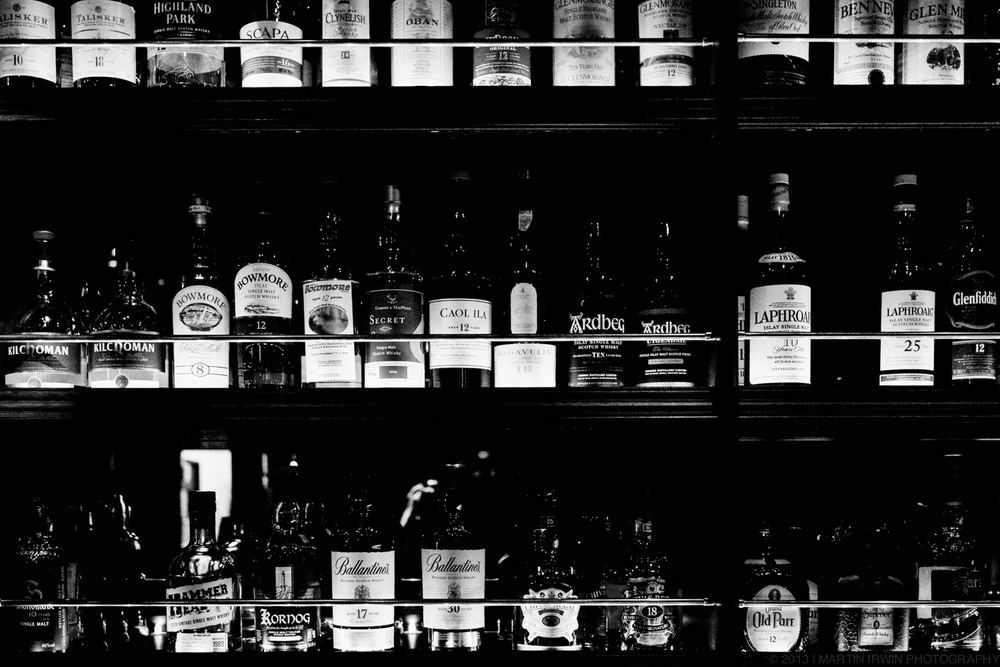 Pick your poison | RX1 | 1/80s f/3.2 ISO12800 35mm HC B&W JPEG