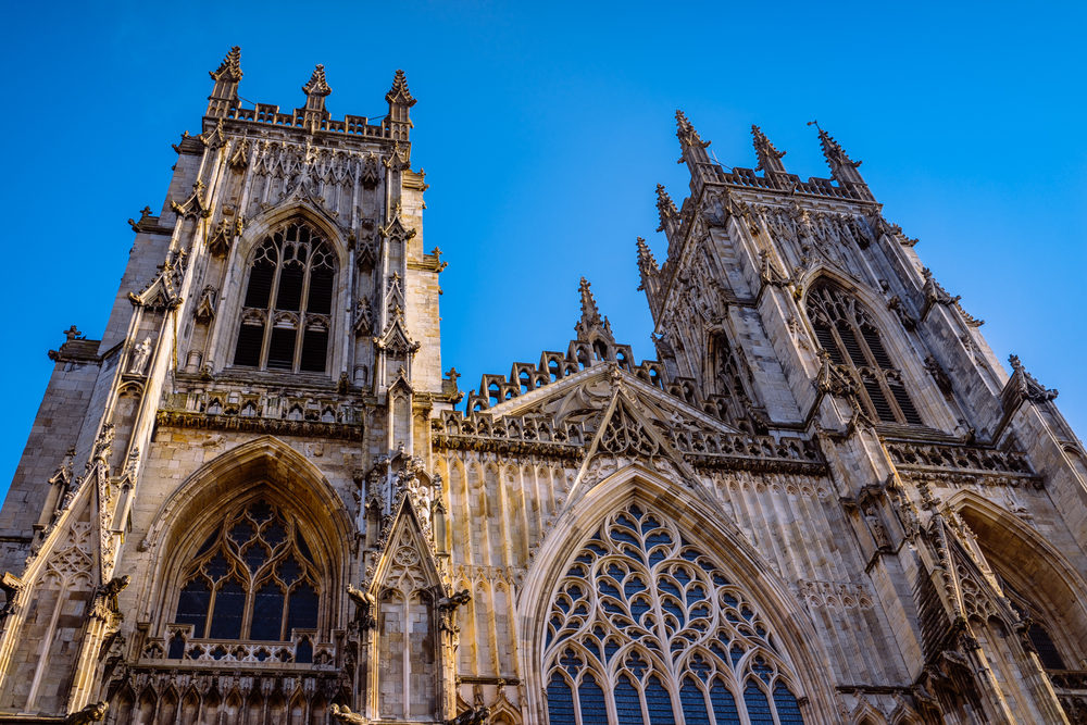 York Minster | A7R & SEL35F28Z | 1/1250s f/2.8 ISO100 35mm