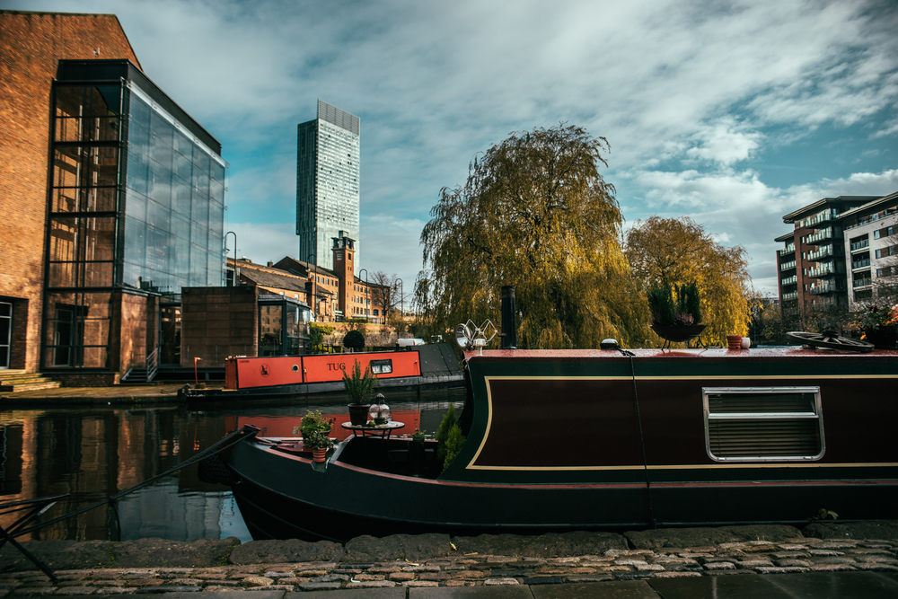 Manchester in colour | A7R & Tamron 24/2.8 FDn mount| 1/400s f/2.8 ISO100 24mm