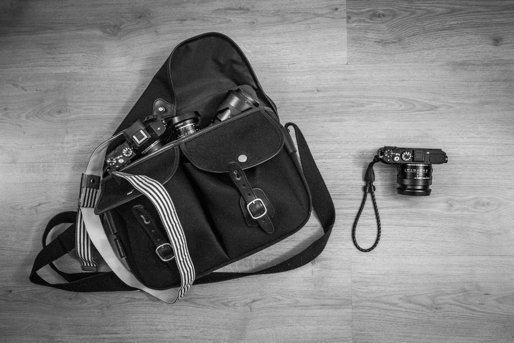 Travelling Light | RX100 | 1/40s f/2.8 ISO3200 14.57mm (35mm eq:39mm)