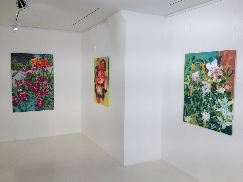 "From left (vasemmalta): ""Tulipa Rosea"", ""Green Bowl II"", ""Campanula""."