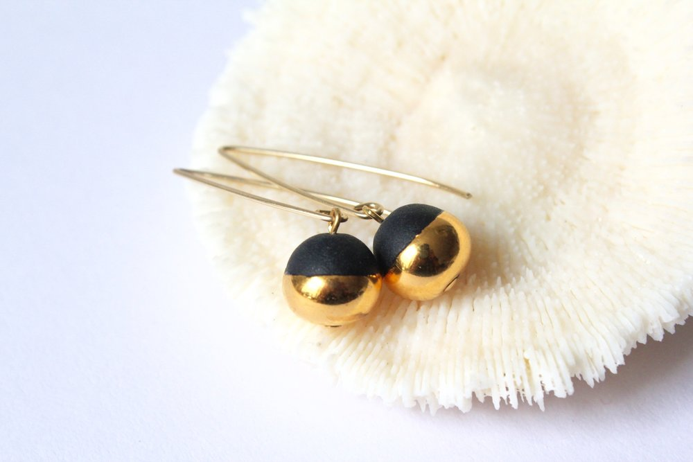 Gold Dipped Pearls Black Earrings