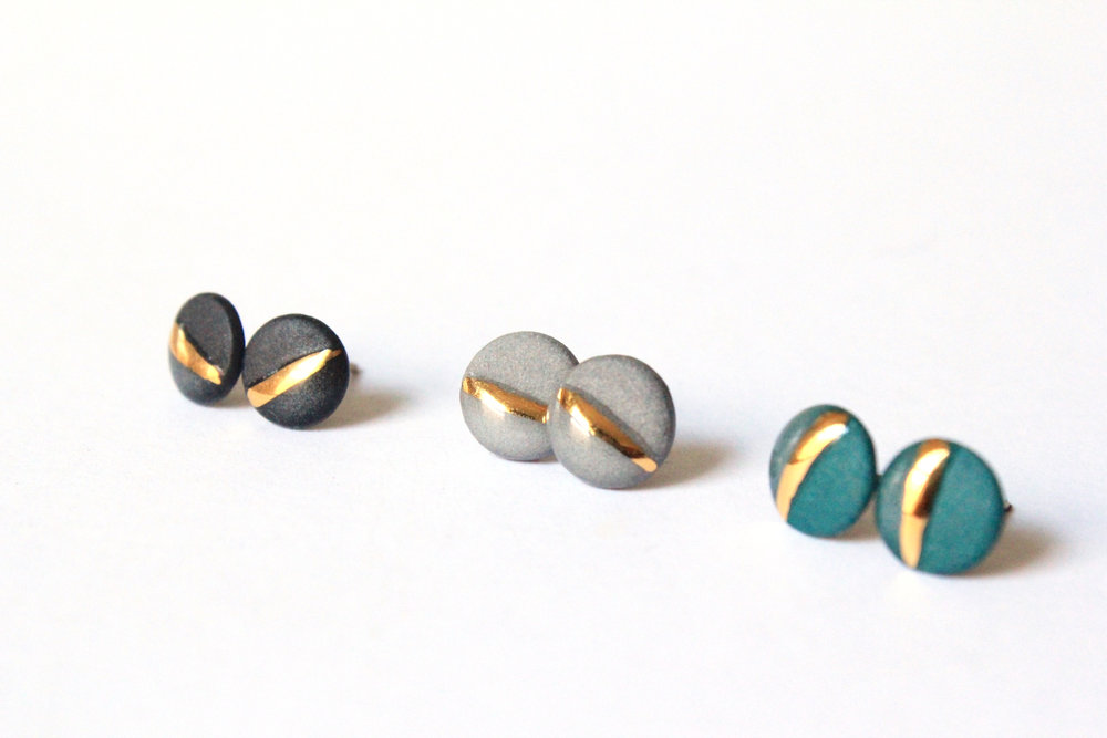 Gold Striped Circle Studs