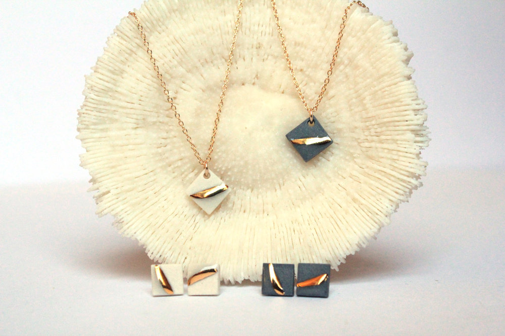 Gold Striped Square Necklace