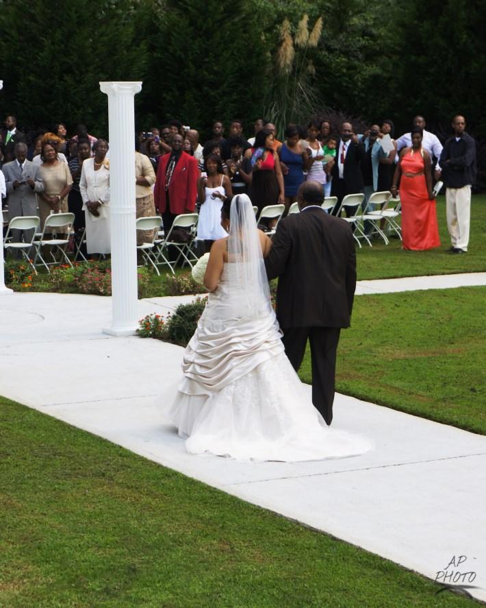 Affordable Des Moines Wedding Photographer