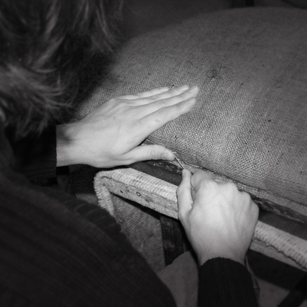 Traditional re-upholstery specialists. Antique restoration. bespoke upholstery. custom made upholstery