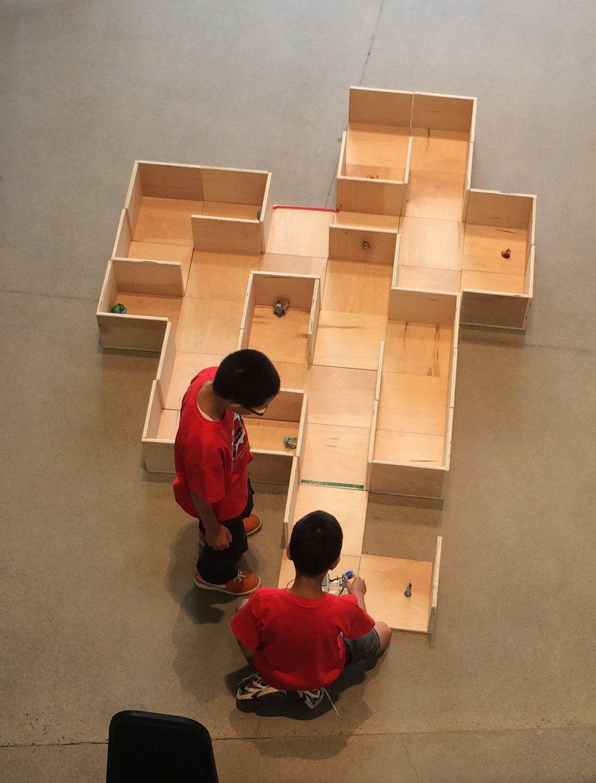 robotics maze