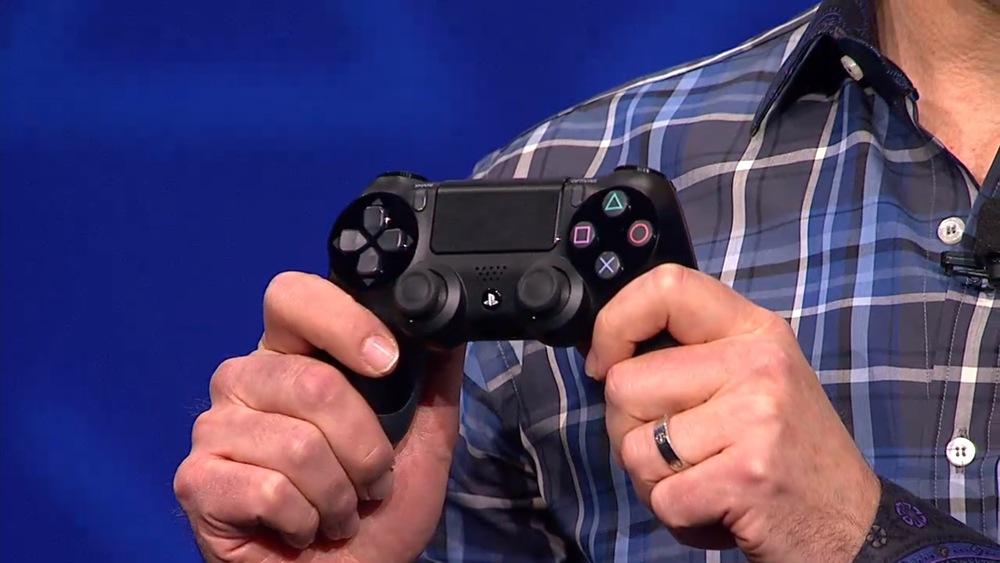 sony-playstation-4-ps4-controller-003.jpg