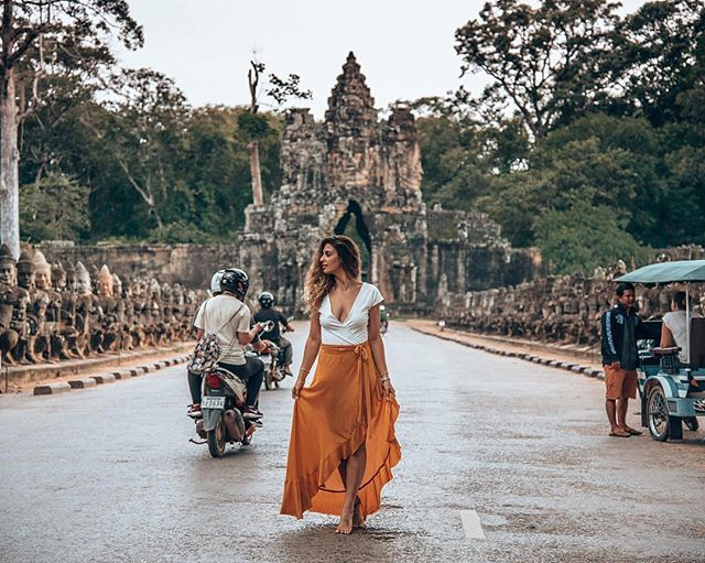Angkor Thom, Thailand || 📷of Lisa Homsy of @lisahomsy || Canadian-based travel + lifestyle creative || Currently in Thailand 🇹🇭 #womenwhotravel #seesomeworld