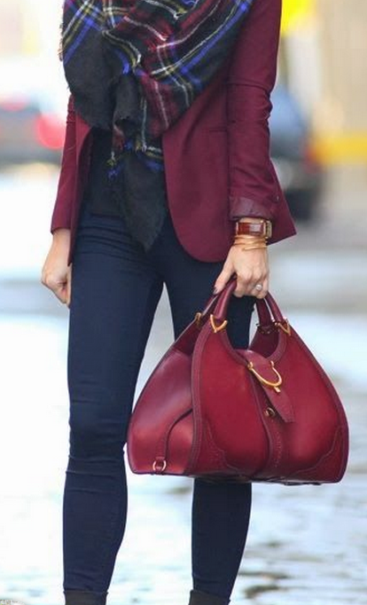 Burgundy in various ways: handbag, coat and a scarf for accent.