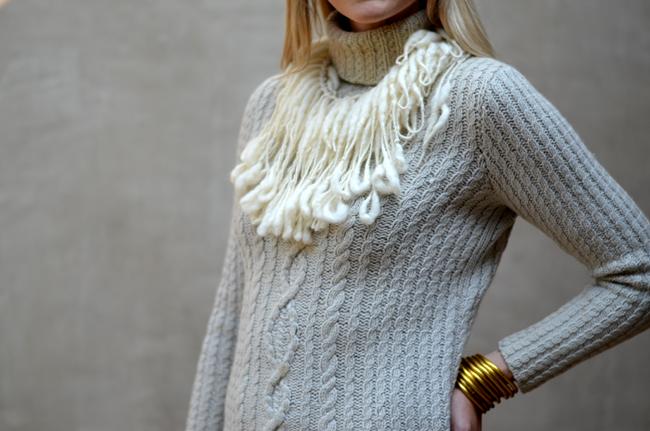 BuDhaGirl, Wool Bib
