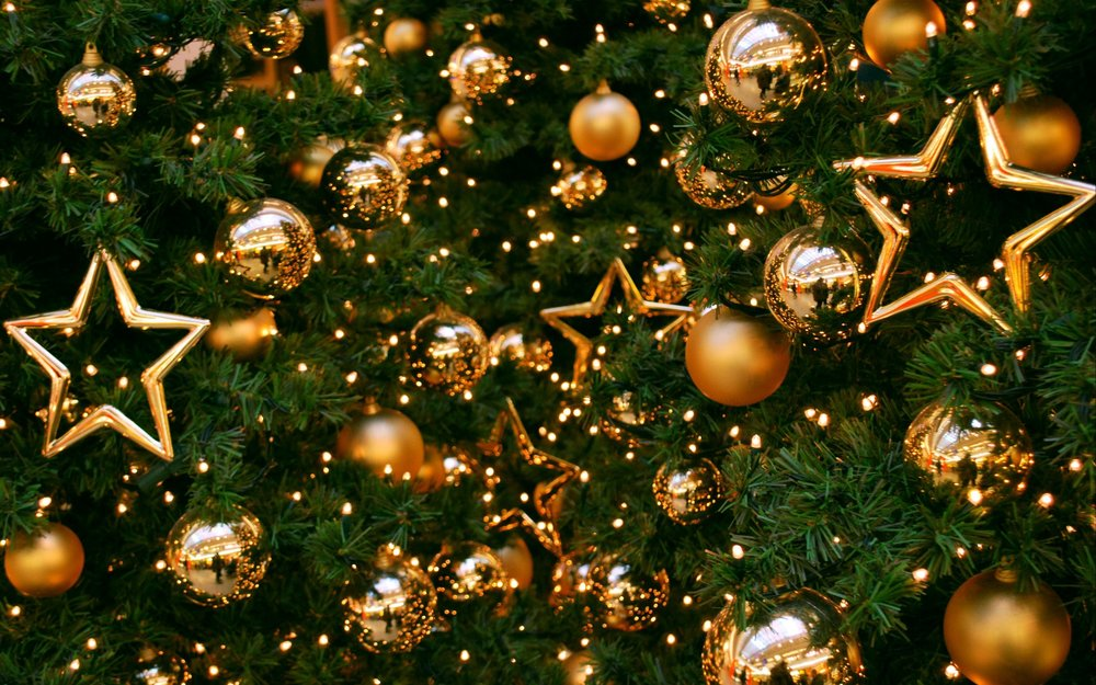 new-year-christmas-tree-balls-stars.jpg