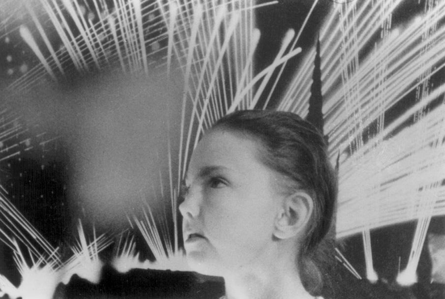 08-K-Peggy & flares.jpg