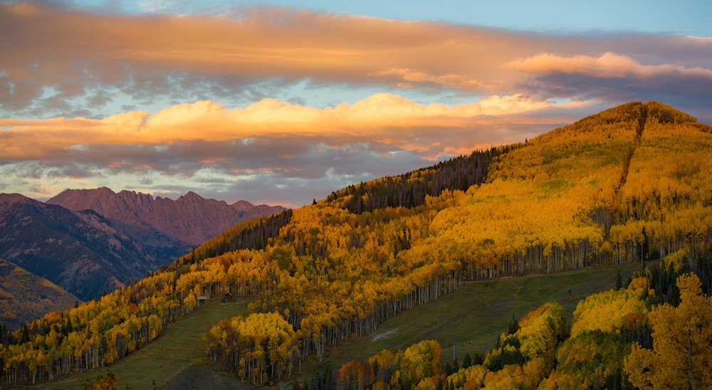 An amazing golden sunset on Vail Mountain while waiting for the lunar eclipse.