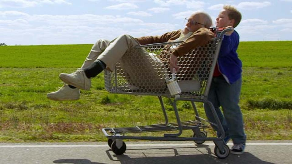 20130731_badgrandpa_trailer.jpg