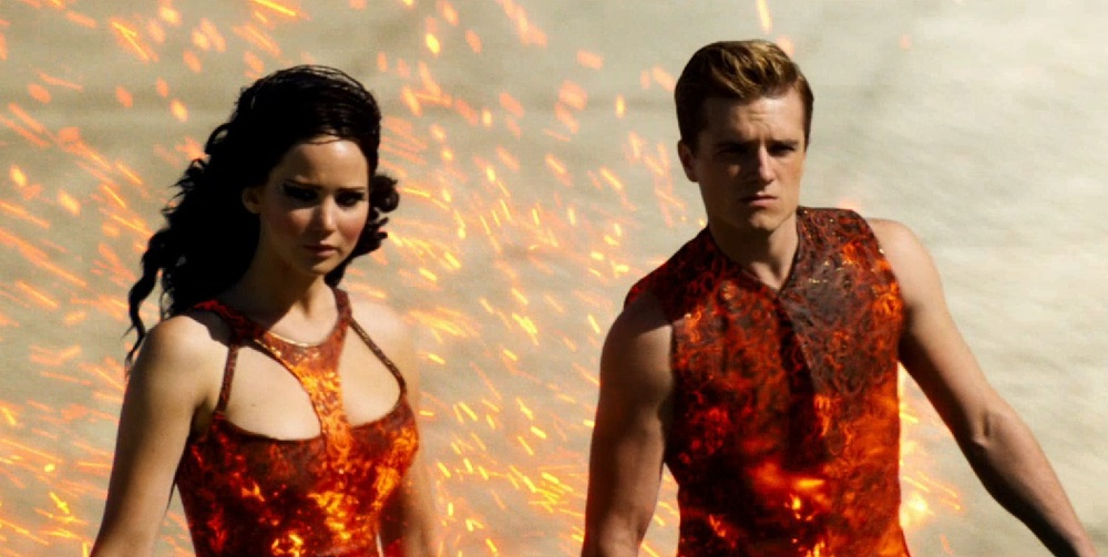jennifer-Lawrence-on-fire-in-New-Hunger-Games-Catching-Fire-Trailer.jpg