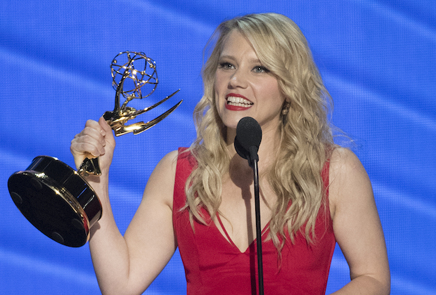 Kate McKinnon becomes the first SNL cast member in 23 years to win an Emmy
