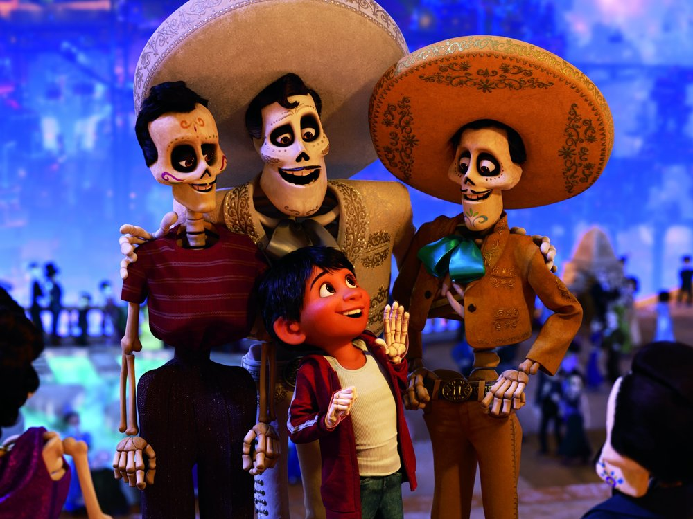 coco 3 disney pixar.jpg