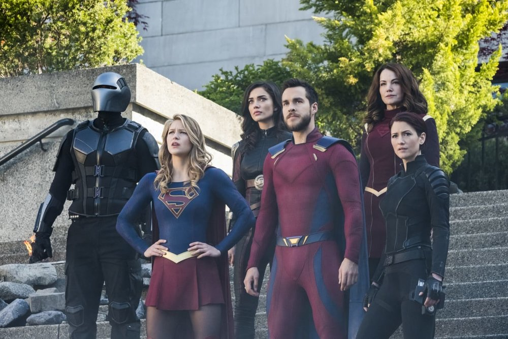 'Supergirl's third season is one of uneven fits and starts