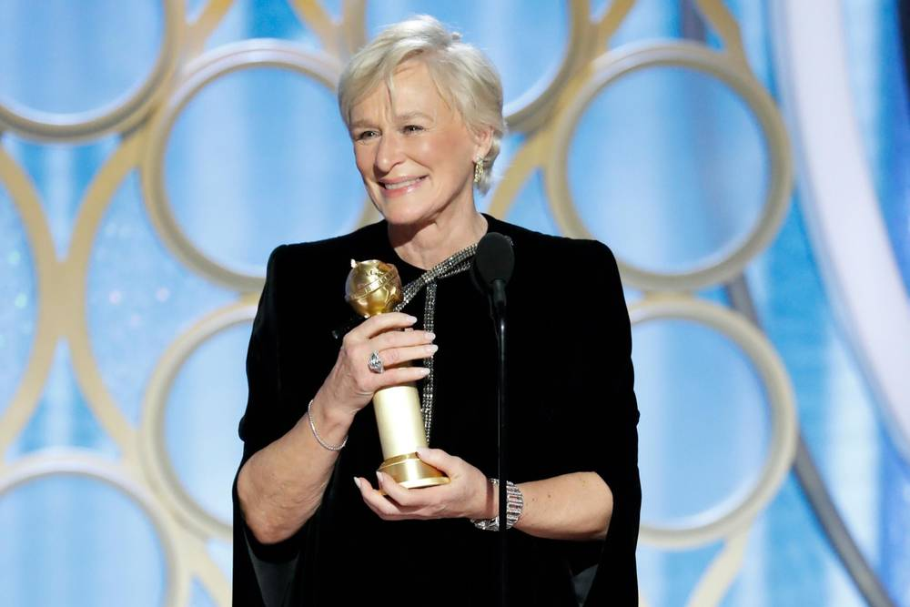 Glenn Close gives a moving acceptance speech for Best Actress- down to her or Olivia Colman for the Oscar