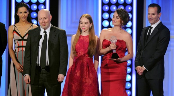 The Americans  goes out on top, with a mini-winning streak at the Globes and Critics Choice awards, but Matthew and Keri didn't show up to this one :(
