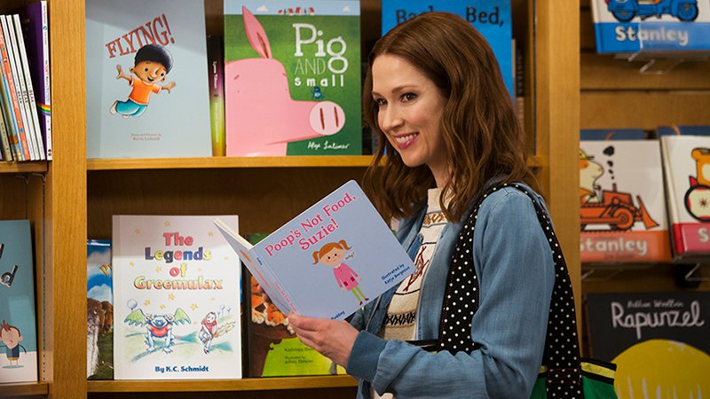 Ellie Kemper's Kimmy tries her hand at a literary career