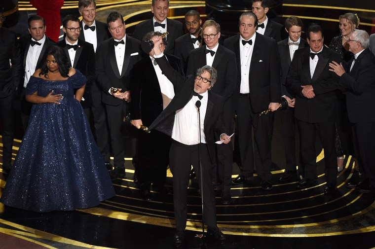 The Academy goes old school with its most basic BP winner since  Crash- Green Book  topped out with 3 Oscars in Picture, Supporting Actor and Original Screenplay. I guess you no longer need to get a director nomination to win Best Picture anymore, as  Green Book  becomes only the fifth movie to do it after  Wings, Grand Hotel ,  Driving Miss Daisy  and  Argo