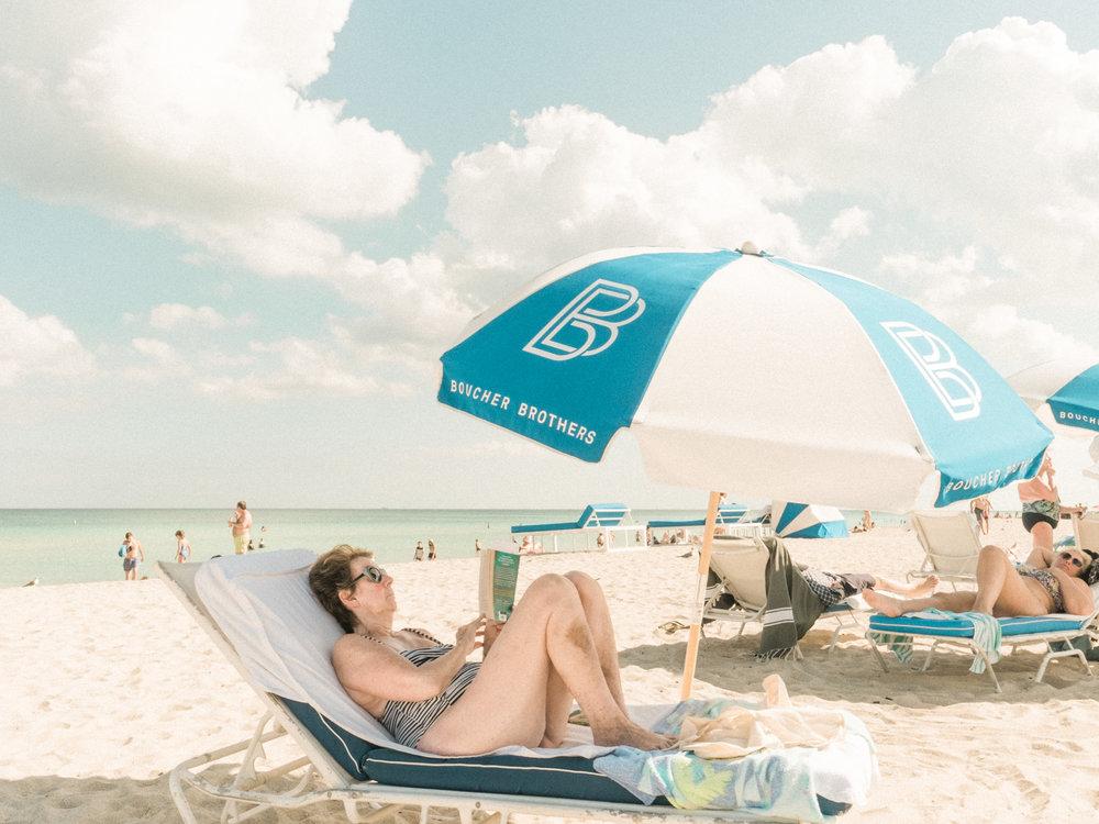Miami_Beach_Street_8.jpg