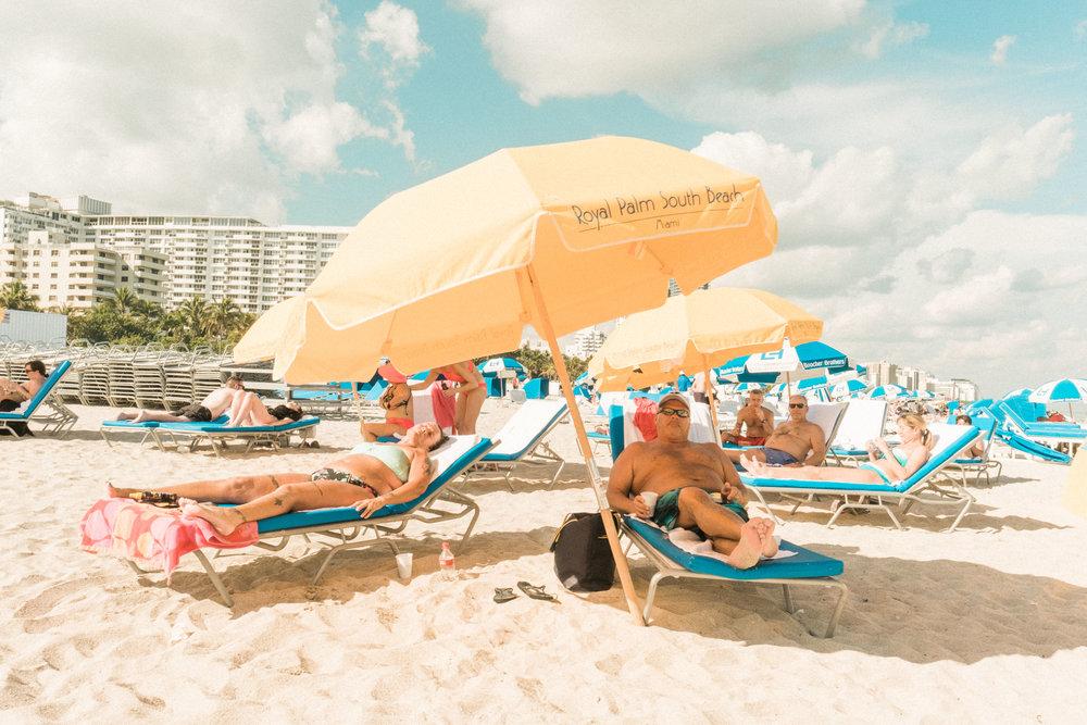 Miami_Beach_Street_21.jpg