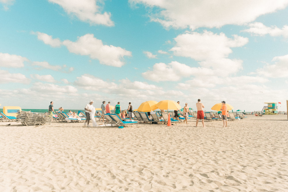 Miami_Beach_Street_24.jpg