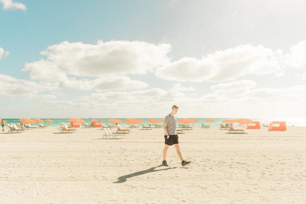 Miami_Beach_Street_29.jpg