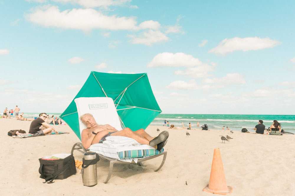 Miami_Beach_Street_83.jpg