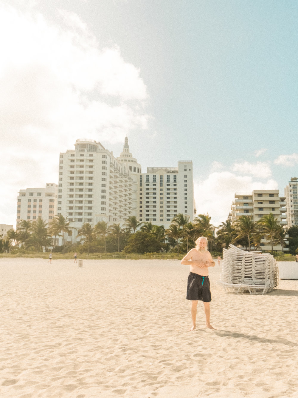 Miami_Beach_Street_84.jpg