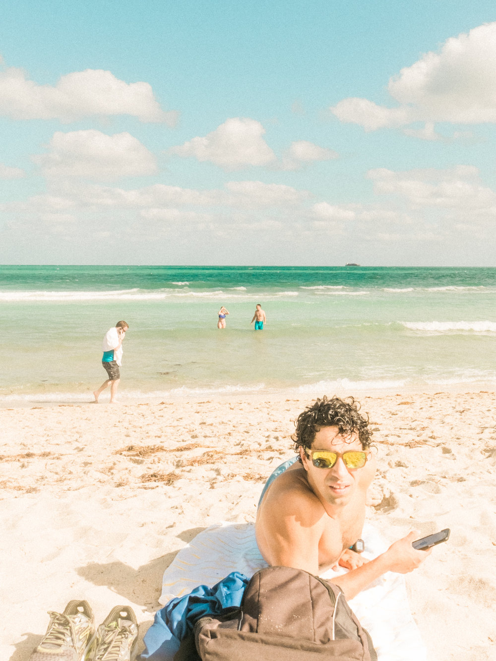 Miami_Beach_Street_85.jpg
