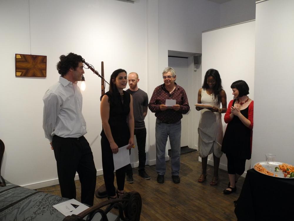 Les premiers lauréats des Bourses d'excellence en ébénisterie d'art -- Caisse de la Culture --MMAQ, lors du vernissage de l'expo Fibres artistiques à la Galerie Carte Blanche hier 26 juin.  Basile Morel (lauréat), Nadine Hajjar (lauréate), Pierre Wilson, Directeur du Musées des maîtres et artisans du Québec (au centre).