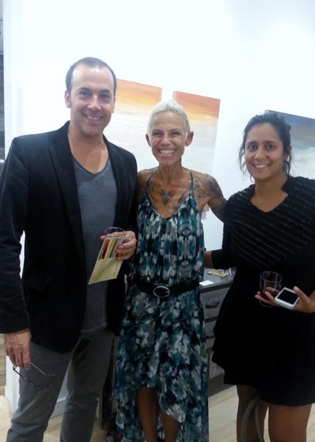 véroniKaH et deux invités lors de son vernissage le 11 septembre 2014