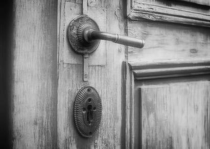 BrandVox_door_opening.jpg
