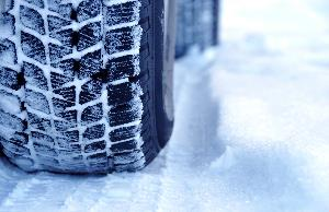bigstock-Winter-tyres-in-extreme-cold-t-19002866.jpg