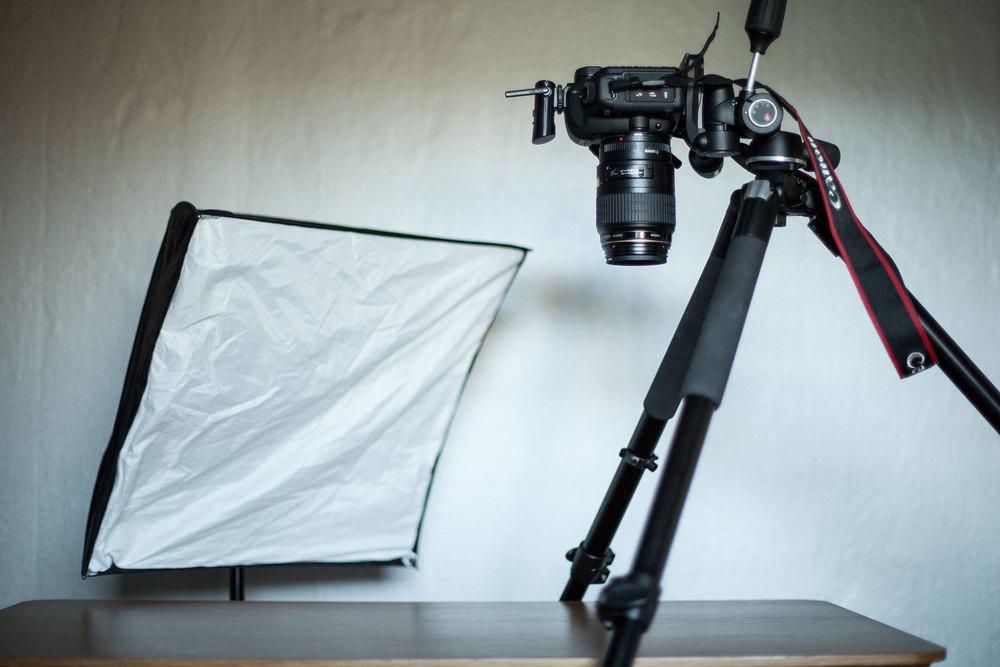 fig 2. Kamerans och blixtens position