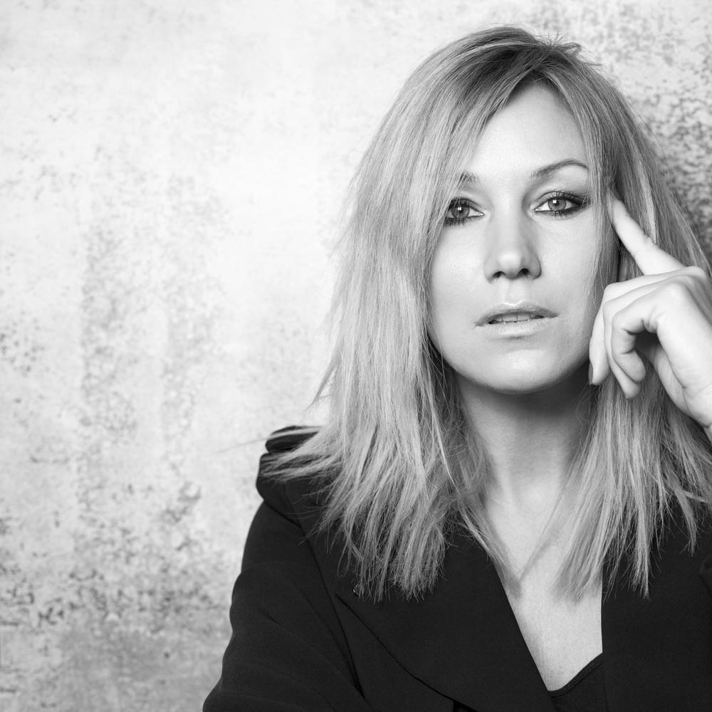 Jessica Andersson, bilden användes för omslag till skivan  40.14.4